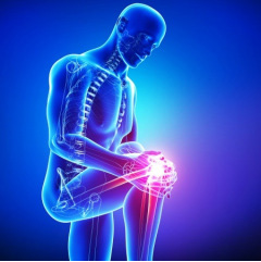 When should I see the doctor about knee pain?